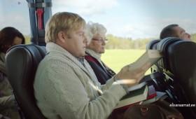 Elisa Raamat – buss